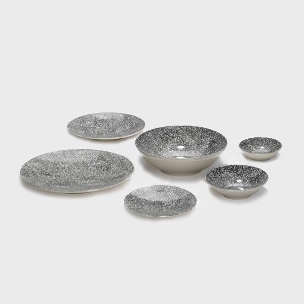 Kaori plate D21 black/white krakelee stoneware