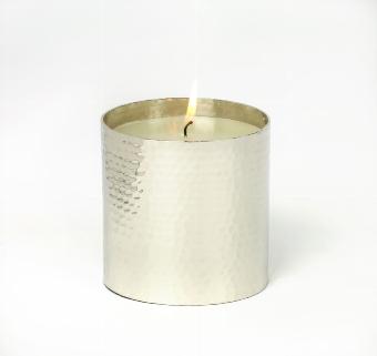 Kerzen im Gefäß