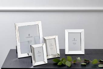 Charleston picture frame for 13 x 18 cm photos