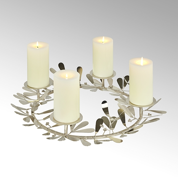 Nespola table top wreath with 4 candleholders