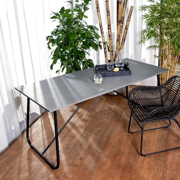 Amaya outdoor Tisch