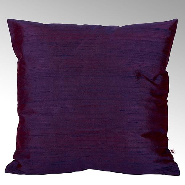 Seine cushion cover 100% silk cassis, 50x50cm