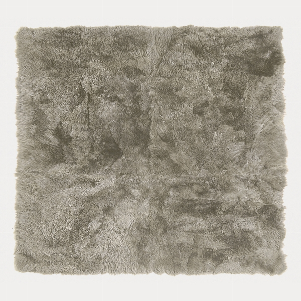 Taiga RUG, lambskin, mud 250x250cm